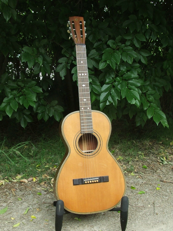 a1e60d09c7 Harmony Parlor Guitar c.1927 - The Guitar Repairers