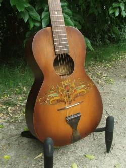 Hawaiian Vintage Parlor Guitar